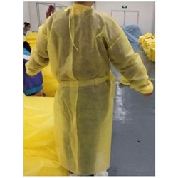 Impervious gown pk10 yellow fluid resistant surgical gown